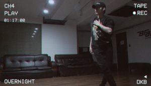 ダンスを練習するHEECHAN