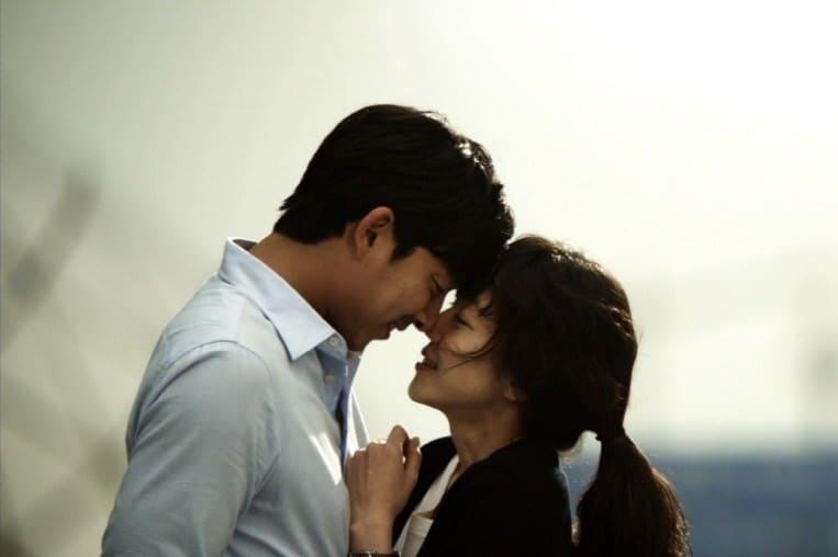 『キム・ジョンウク探し』でのコン・ユ&イム・スジョンのキスシーン