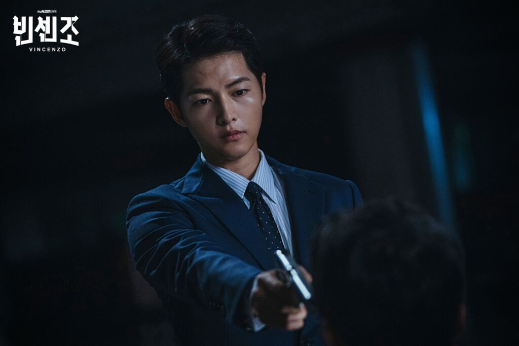 """ソン・ジュンギはドラマで""""ダークヒーロー""""に扮し、新しい顔を見せる"""