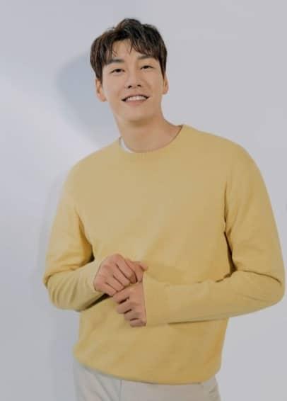 俳優キム・ヨングァン