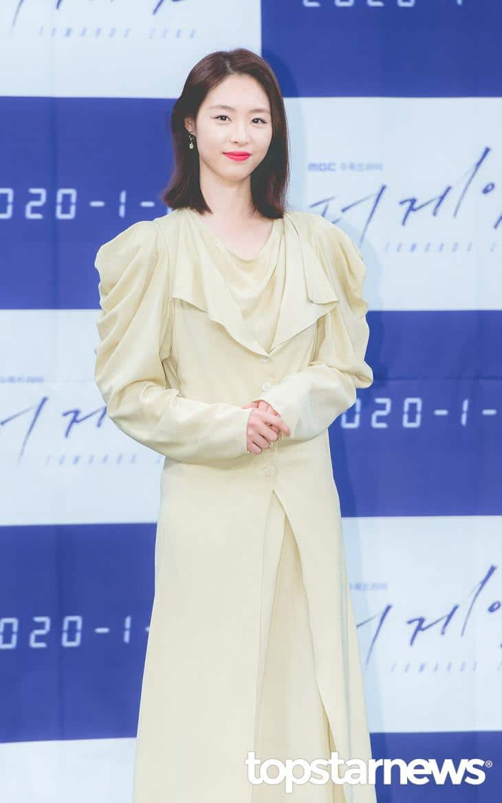 女優のイ・ヨニは時代劇『華政』で主役を演じた