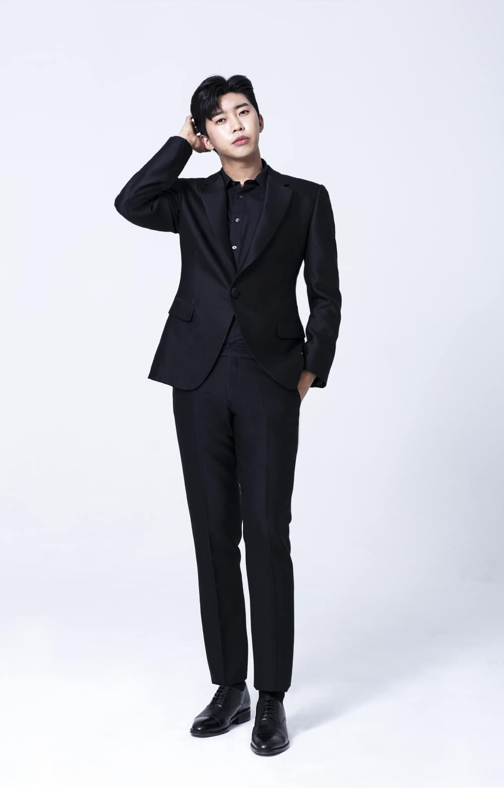 HYBEへの移籍が報じられたトロット歌手のイム・ヨンウン